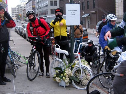 A memorial for Dan Valle at the entrance to the Williamsburg Bridge pedestrian/bike path. Valle was killed on his bike near the bridge entrance in February.