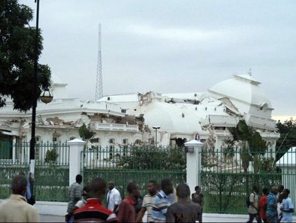 Another view of The Haitian Presidential Palace.