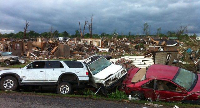 Video: Terrifying Tornado In Alabama, Death Toll Nears 200 ...