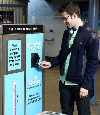 PATH now accepts contactless payments, along with MTA and NJ Transit