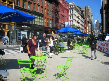 Pedestrian plaza at Union Square West