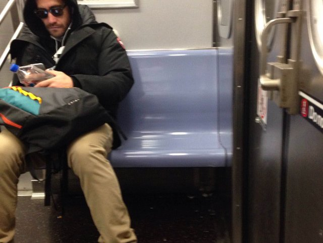Photo: Everyone In NYC Has Sat Next To Jake Gyllenhaal On