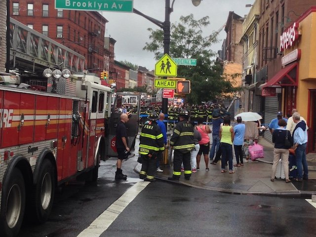 UPDATES] Four-Story Building Collapses In Bed-Stuy - Gothamist