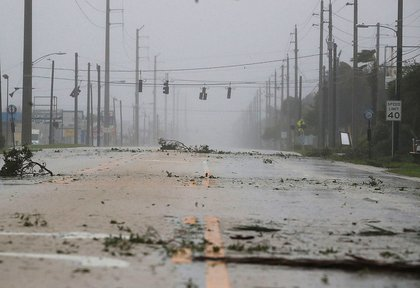 Lights are out on highway A1A from the winds of Hurricane Matthew, October 7, 2016 on Cocoa Beach (Getty Images)