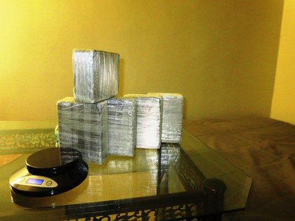 Heroin found between mattress and box spring