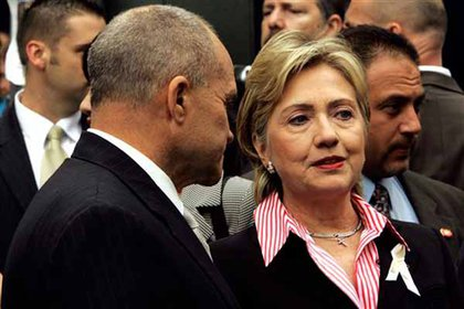 Police Commissioner Ray Kelly and Senator Hillary Clinton