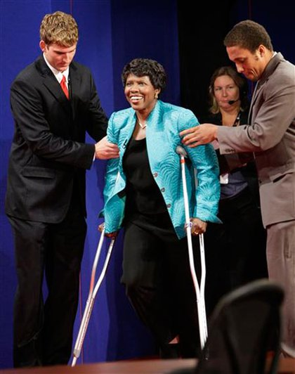 Moderator Gwen Ifill broke her ankle at home; she told the audience that she was not pushed.