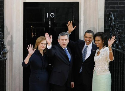 Prime Minister Gordon Brown and President Barack Obama in the center, flanked by Sarah Brown and Michelle Obama