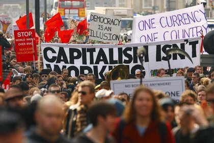 G20 protesters march in London