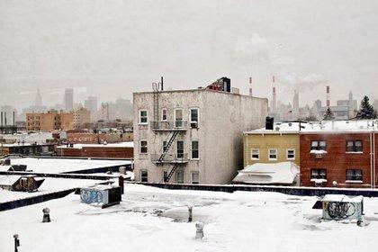 Snowy Queens skyline