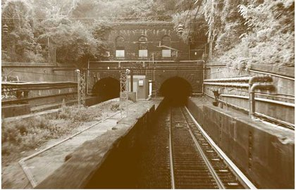 A century-old trans-Hudson tunnel