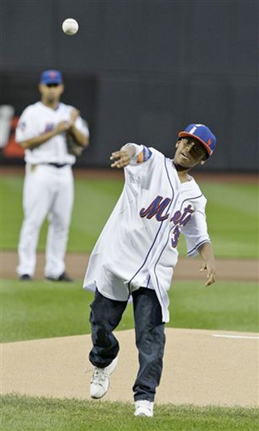 Davonte throws the first pitch