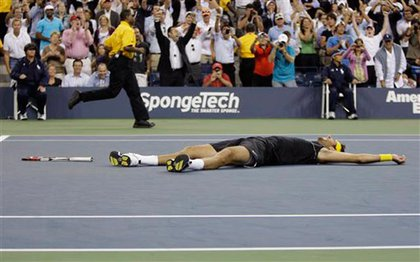 del Potro also took a moment on the ground