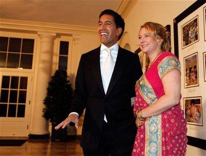 CNN's Sanjay Gupta and wife Rebecca Olson Gupta