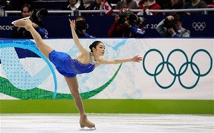 Kim Yu-Na skates her way to gold
