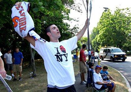 A Knicks fan outside the Greenwich Boys and Girls Club