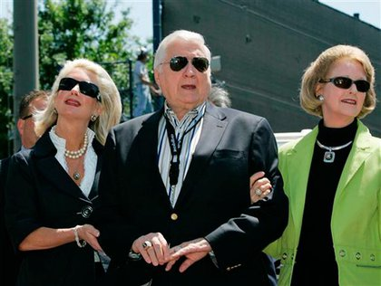 Steinbrenner with his daughter, Jennifer Steinbrenner Swindal, and wife Joan, right, at a pregame ceremony renaming Legends Field to George M. Steinbrenner Field at spring training baseball in 2008.
