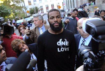 Braylon Edwards outside court