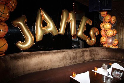 JAMES in balloons at 1Oak