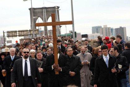 The Way of the Cross at the Brooklyn Bridge