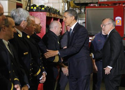 Obama and former Mayor Giuliani greet firefighters