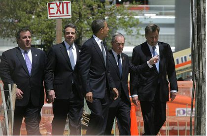 Obama looks at the WTC site