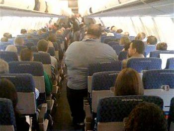 An obese passenger on an American Airlines flight in 2009