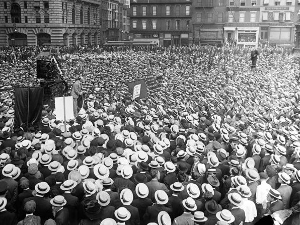 The Industrial Workers of the World gather in the North end of the square in 1914.