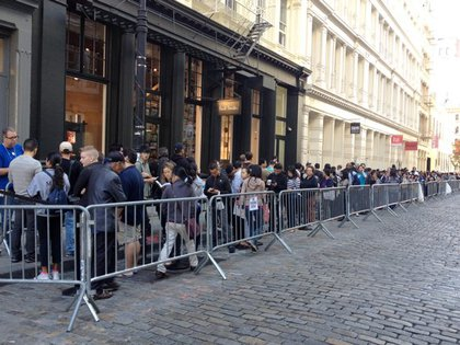 Line at the Apple SoHo store yesterday