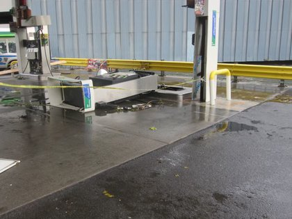 Gas pump knocked over at 23rd and FDR