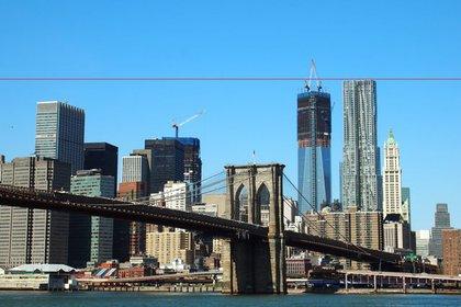 1WTC still appears shorter than 8 Spruce Street.