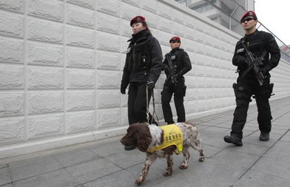 Guards outside of the U.S. embassy in Seoul