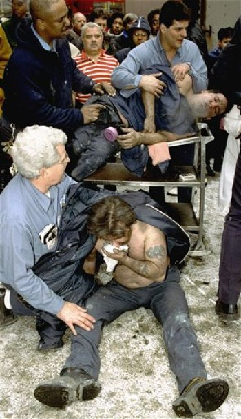 Helping victims of the 1993 bombing