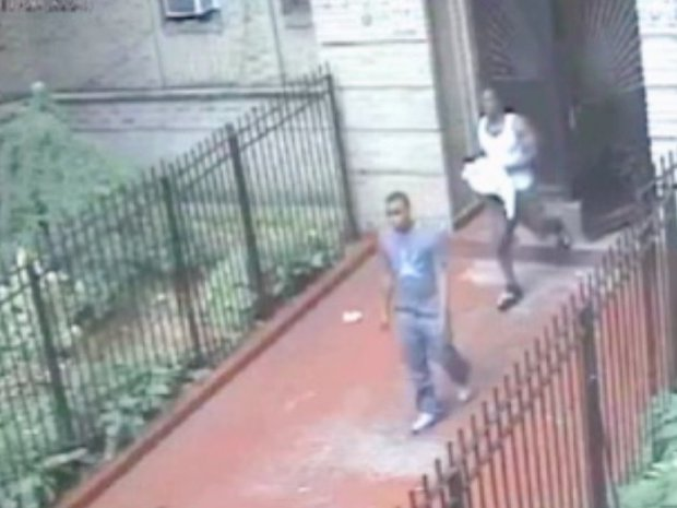 Video 5 Robbers Sought For Tying Up 87-Year-Old In Brooklyn Apt - Gothamist-6556