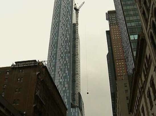 [UPDATE] West 57th Street Closed After Crane Gets Stuck ...