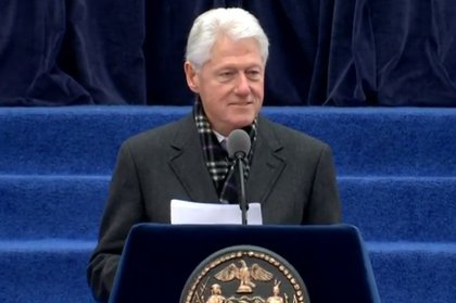 Clinton remarks noted his ties to de Blasio from when he was in the White House