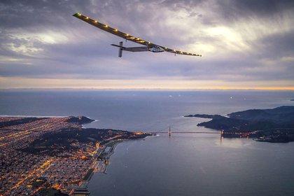 Solar Impulse 2 over San Francisco
