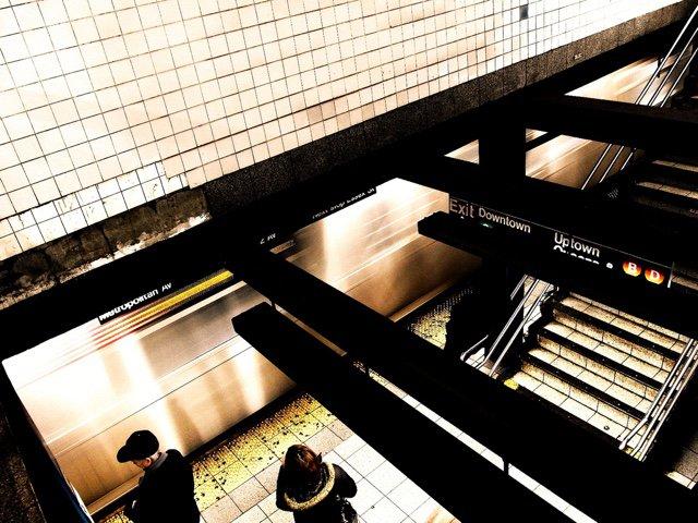 Broadway Lafayette station