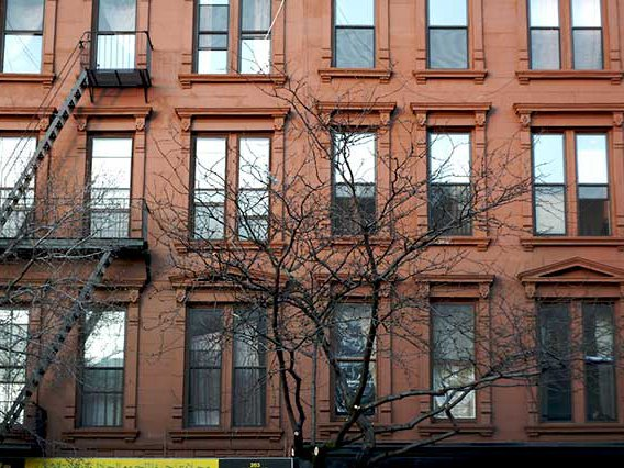 Photograph of apartment windows in Brooklyn by Pete / Flickr