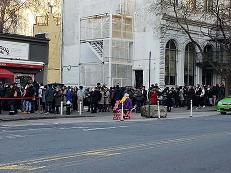 Today, on Boxing Day, the lines for Juliana's and Grimaldi's in DUMBO have now merged into a mega line