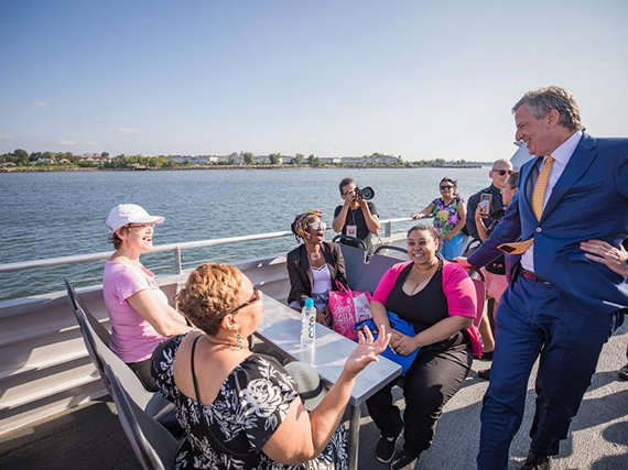 Mayor de Blasio at Clason Point Park after the Soundview route was launched in 2018