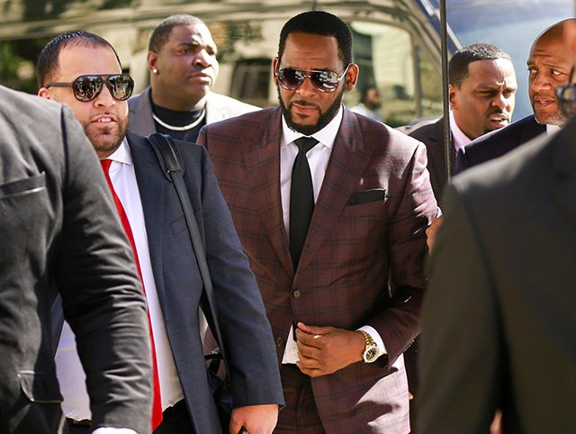 R. Kelly appearing for his Chicago court hearings in June
