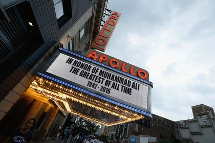 Outside the Apollo (Getty Images)
