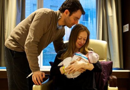 Charlotte with the folks (Chelsea Clinton)