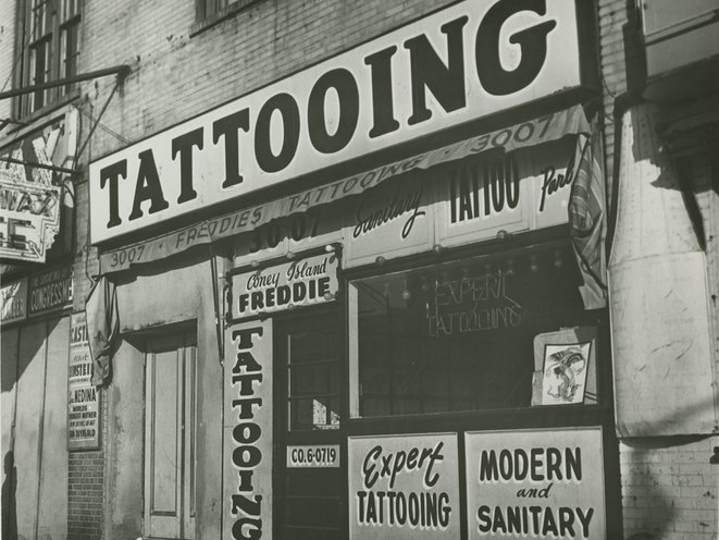 "Tattoo shop of ""Coney Island Freddie"" just prior to New York City's ban on tattooing, 1961<br/>"