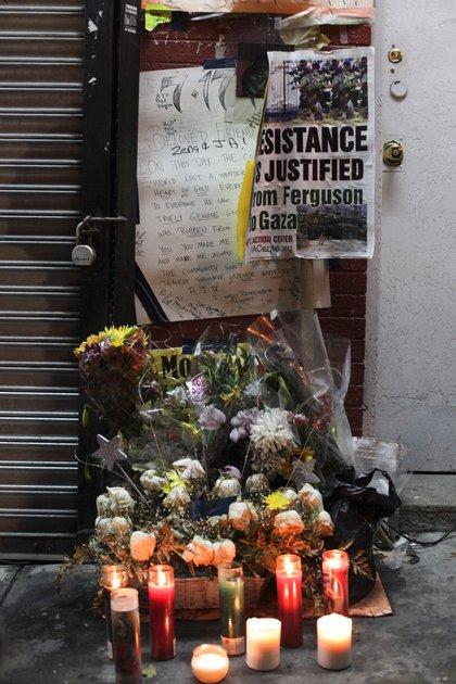 The memorial for Eric Garner on Staten Island. <br> Scott Heins / Gothamist
