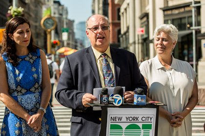 New York DOT Manhattan Borough Commissioner Luis Sanchez announces the opening of the new Shared Streets zone.</br>