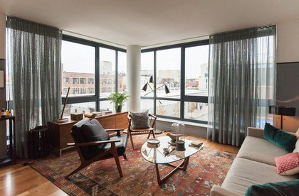 A 2-bedroom corner unit.<br/>