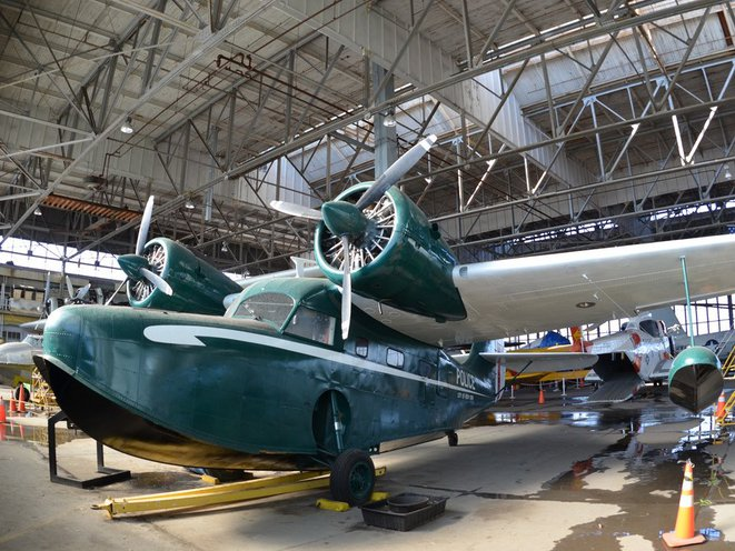 Photos: Inside A Hangar Full Of Vintage Aircraft At Floyd