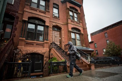 Monxo Lopez's house at 271 Alexander Avenue.
